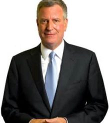 Mayor de Blasio Announces That Five Times More High School Seniors Applied to CUNY for Free