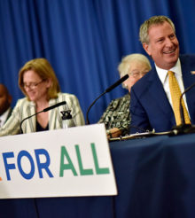 Mayor de Blasio and Schools Chancellor Fariña Announce Expansion of 3-K for All : 3-K expanding to six additional districts across all five boroughs